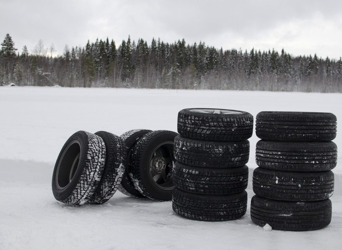 3 Warning Signs: You Need To Buy New Tires